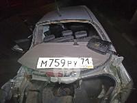 Крупное ДТП на ул. Металлургов в Туле: Nissan снес столб, пассажирку вышвырнуло из машины, Фото: 9