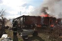 На Калужском шоссе загорелся жилой дом, Фото: 9