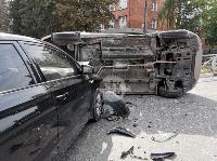 В Туле на ул. Оборонной Renault Logan после ДТП опрокинулся набок, Фото: 13