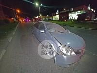 Крупное ДТП на ул. Металлургов в Туле: Nissan снес столб, пассажирку вышвырнуло из машины, Фото: 3