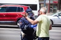 Полицейский рейд в тульских маршрутках: на пассажиров без масок составляют протоколы, Фото: 39