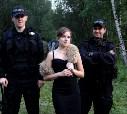 Неважно, какое у тебя платье, когда ты дочка мафиозного босса и у тебя два крутейших телохранителя B-) *ролевая игра ** нет, Розарио, не ТА ролевая игра, о которой Вы подумали))))