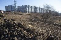 Туляк засыпал ручей, 12 колодцев и 4 канализационных люка, самовольно строя дорогу, Фото: 9