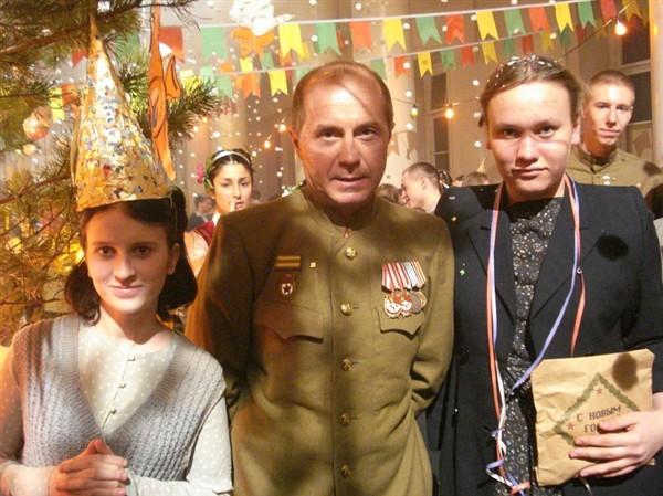 Андрей Панин...