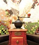 Мозаика облегчает уход за самой проблемной для уборки зоной –  за плитой., Фото: 1