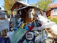 В Туле со двора «Плюшкиной» вывезли несколько грузовиков мусора, Фото: 17