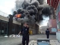 Загорелся недостроенный ТЦ на Красноармейском проспекте, Фото: 32