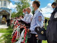 Жуткое ДТП в Суворове: проститься с погибшим полицейским пришли сотни человек, Фото: 19