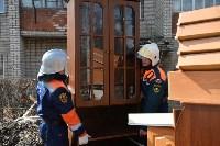 У дома, поврежденного взрывом в Ясногорске, демонтировали опасный угол стены, Фото: 15