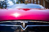Владелец первого электромобиля Tesla рассказал, почему теперь не хочет ездить на других машинах, Фото: 38