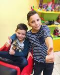 Мальчики и девочки: От надежных колясок до крутой школьной формы и стильных причесок, Фото: 36