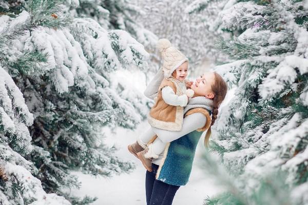 очень люблю эти фотографии. в конце октября повезло со снегом, с временем, с другом что приехал и снял нас всех вместе! в общем, повезло! )))