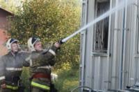 С огнем в жилом доме в селе Теплое боролись три пожарных расчета, Фото: 5