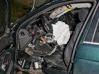На выезде из Тулы BMW влетел в фуру: один человек погиб, Фото: 6
