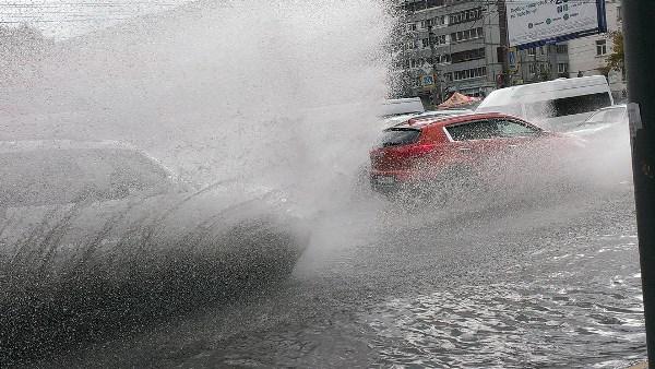 наше любимое - Красноармейский проспект после сильного дождя