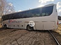 На ул. Щегловская Засека в Туле столкнулись автобус и кроссовер, Фото: 3