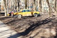 Тула, двор дома 137 по пр. Ленина. Парковки нет. Грязь на тротуаре с колес машин, Фото: 6