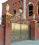Тула, пр. Ленина, 85. От знаменитой «ликёрки» остались только ворота. Но какие!, Фото: 10