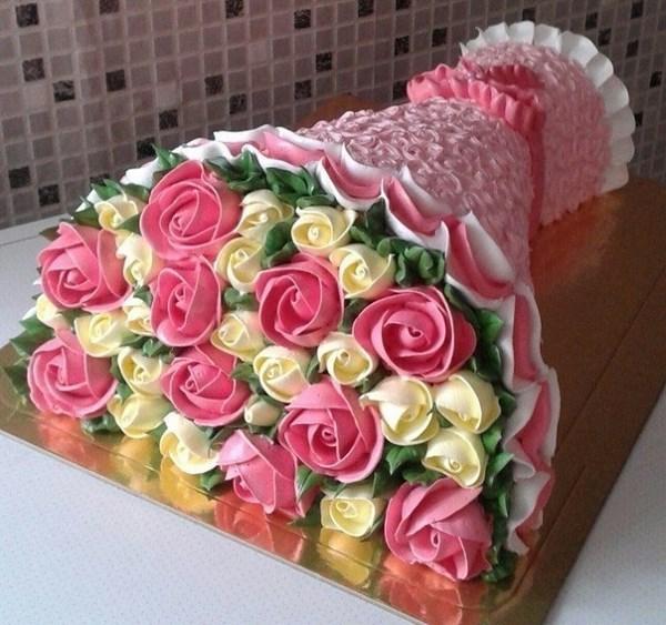 Сестра испекла тортик почти 7 кг)))