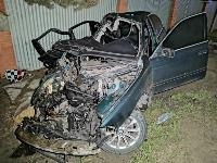На выезде из Тулы BMW влетел в фуру: один человек погиб, Фото: 4