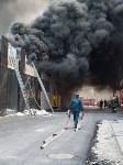 Загорелся недостроенный ТЦ на Красноармейском проспекте, Фото: 49