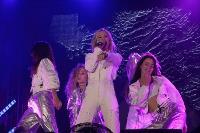 Праздничный концерт: для туляков выступили Юлианна Караулова и Денис Майданов, Фото: 16