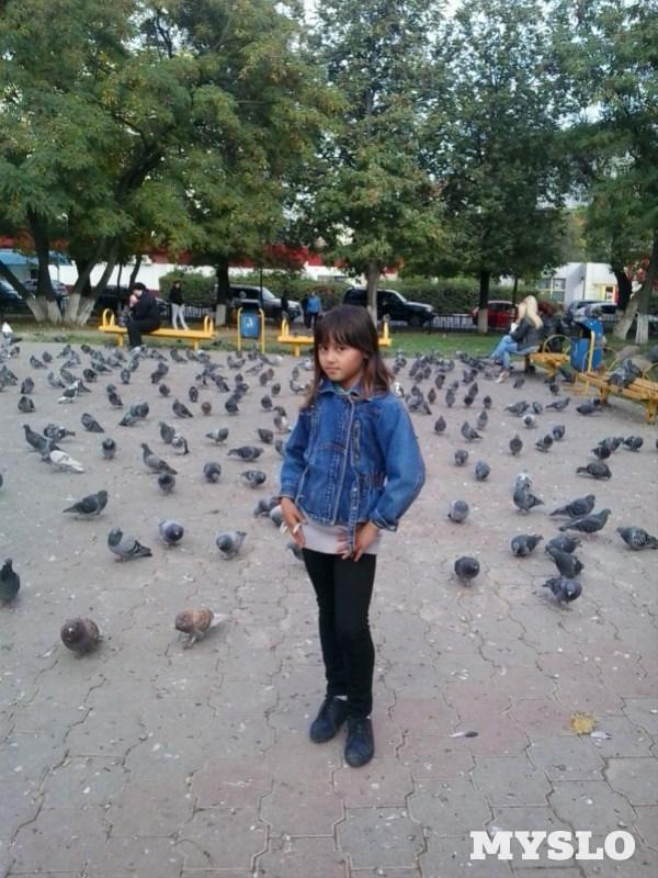 Азиза Хатамова, 10 лет. Занимается танцами, театральным искусством и русской народной песней