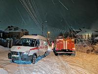 В Туле пожарные вынесли из горящего особняка больную женщину, Фото: 13