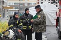 Тульские пожарные провели соревнования по бегу на 22-этаж, Фото: 16