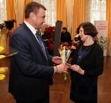 Алексей Дюмин поздравил тулячек с 8 Марта в филармонии, Фото: 7