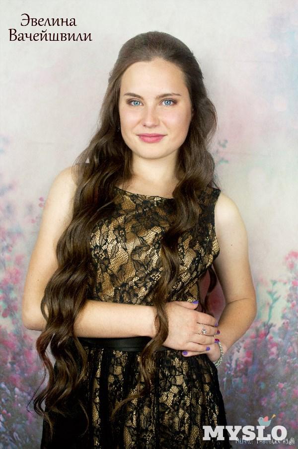 Эвелина Вачейшвили, 17 лет, Тула. Студентка Тульского колледжа искусств им. А. С. Даргомыжского, будущий педагог эстрадно-джазового вокала и актриса.