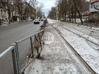 В Туле водитель Volvo снес остановку и протаранил дерево , Фото: 13