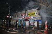 На ул. Оборонной в Туле сгорел магазин., Фото: 20