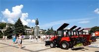 Александр Прокопук передал керчанам девяти единиц новой коммунальной техники, Фото: 4