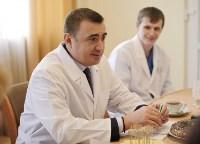 Врио губернатора Тульской области Алексей Дюмин в детской областной больнице, Фото: 7