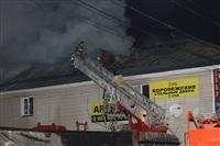 На ул. Оборонной в Туле сгорел магазин., Фото: 27
