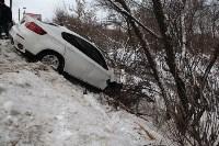 В Туле опрокинувшийся в кювет BMW вытаскивали три джипа, Фото: 13