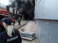 Загорелся недостроенный ТЦ на Красноармейском проспекте, Фото: 35