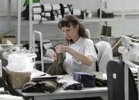 В Дубенском районе Алексей Дюмин осмотрел швейную фабрику, Фото: 13