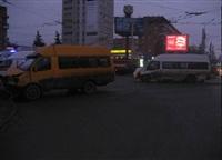 ДТП с двумя маршрутками на пересечении ул. Советской и Красноармейского пр. 06.03.2014, Фото: 4