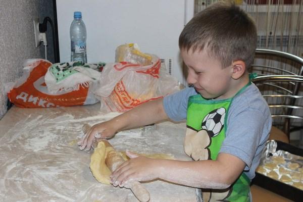 Теперь домашними плюшками балуемся))))