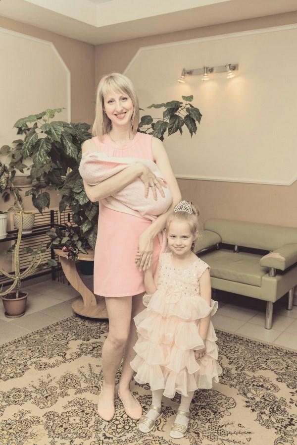 Девочки в розовом)
