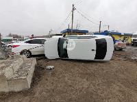 В Туле Volkswagen вылетел с дороги и приземлился на Hyundai, Фото: 8