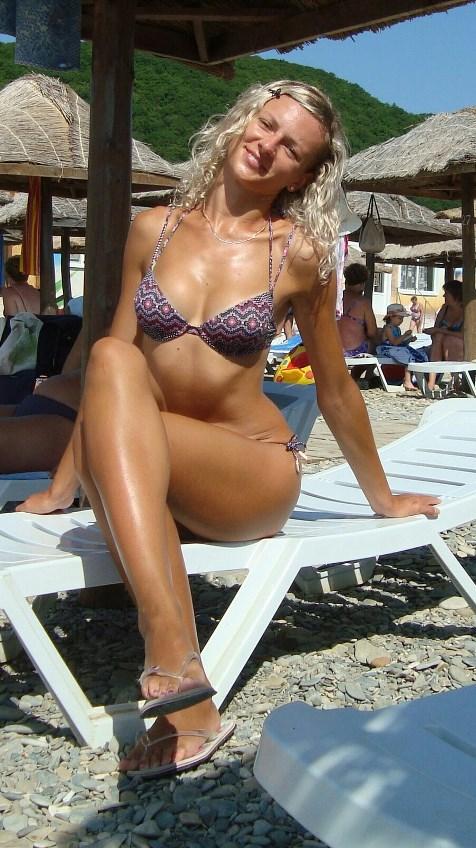 oralniy-fisting-mikro-bikini-na-ulitse-filmi-russkom