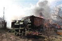 На Калужском шоссе загорелся жилой дом, Фото: 5