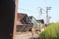 В Тульской области грузовой поезд сошел с рельсов, Фото: 9