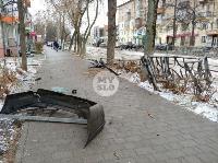 В Туле водитель Volvo снес остановку и протаранил дерево , Фото: 8