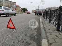 Туляк отвлекся во время движения и насадил Audi Q7 на забор, Фото: 1