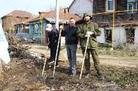 Генеральную уборку в Туле на Пролетарской набережной провели работники КБП, Фото: 15