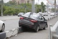 """""""Киа"""" врезалась в столб на Пролетарском мосту, Фото: 1"""